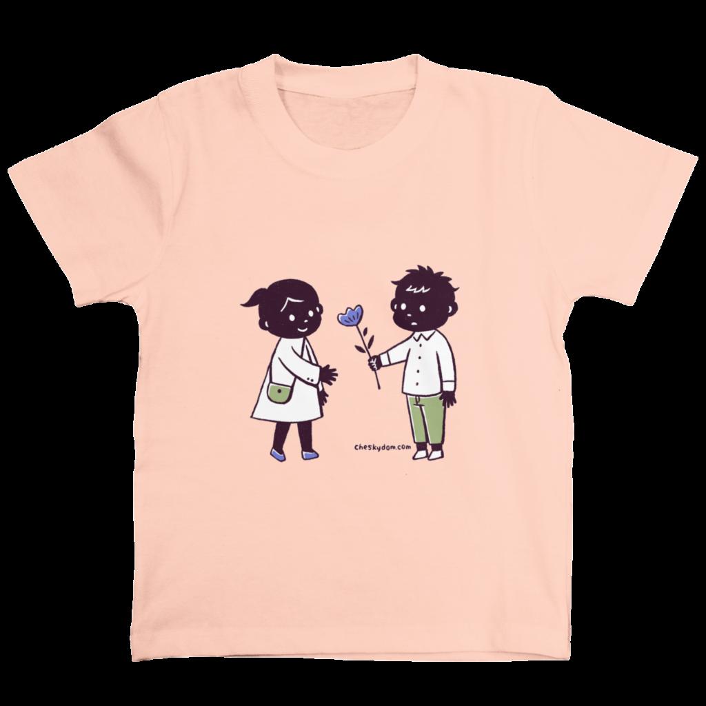 男の子と女の子のイラストのTシャツ