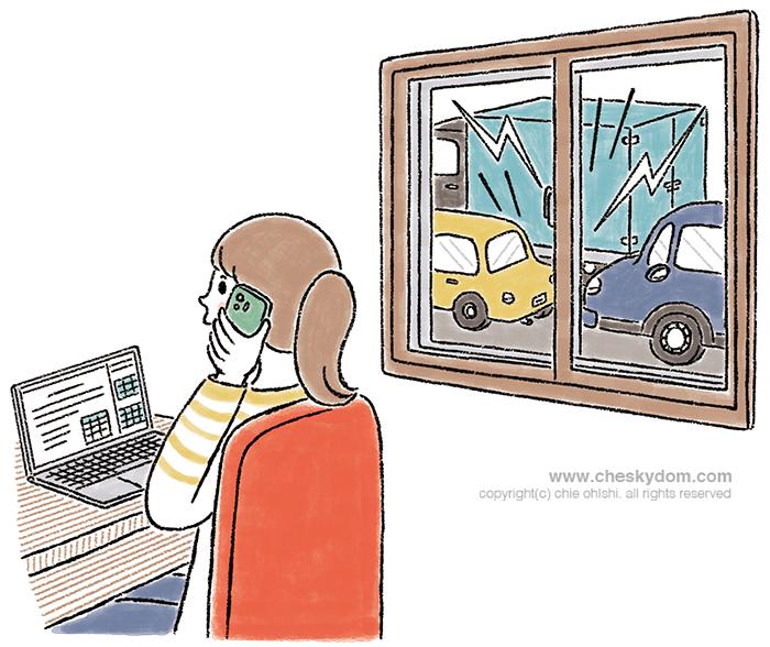 騒音を抑える窓枠を付けた部屋で静かに仕事をする女性のイラスト